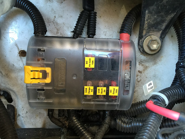 4Runner on board ARB air compressor_20May2016_018
