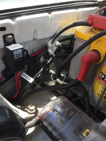 4Runner on board ARB air compressor_13May2016_009