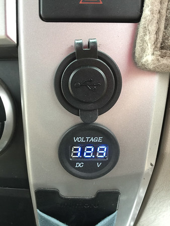 Dash USB ports and second battery voltage
