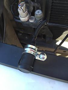 Front Grill 12V DC port