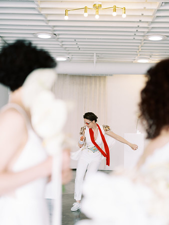 Sure Thing Chapel - minimal modern downtown Las Vegas chapel - Kristen Kay Photography - Elvis Celebrant - neutral, modern orchid, rose, and lilly floral bouquets by Flora Pop-6