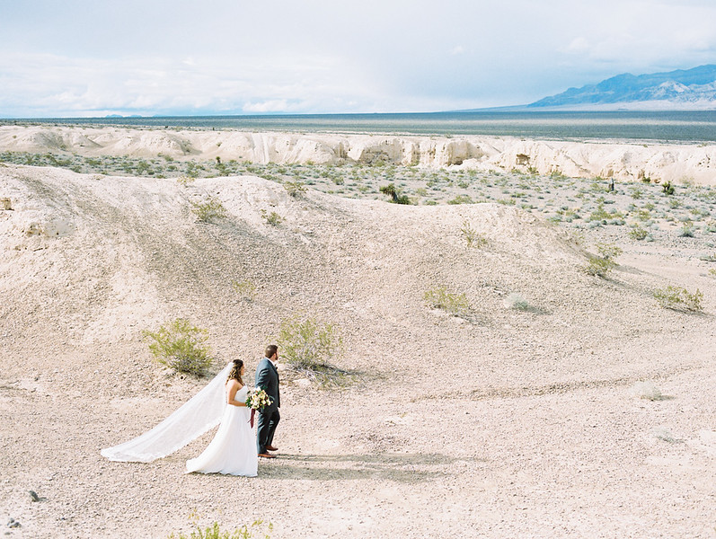 long cathedral veil // Las Vegas desert elopement // Las Vegas Elopement & Intimate Wedding Photographer - Kristen Krehbiel - Kristen Kay Photography