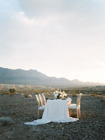 Janna Brown Design blush and dusty blue sunrise table setting // Kristen Krehbiel - Kristen Kay Photography // Las Vegas desert elopement