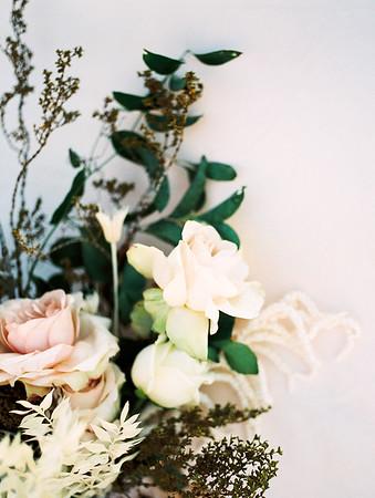 large, linear blush & white bouquet with desert plants // Janna Brown Design // Kristen Krehbiel - Kristen Kay Photography - sunrise desert elopement in Las Vegas