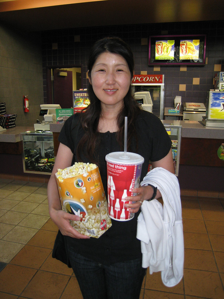 Chiyoko practices going to the movies - American Style