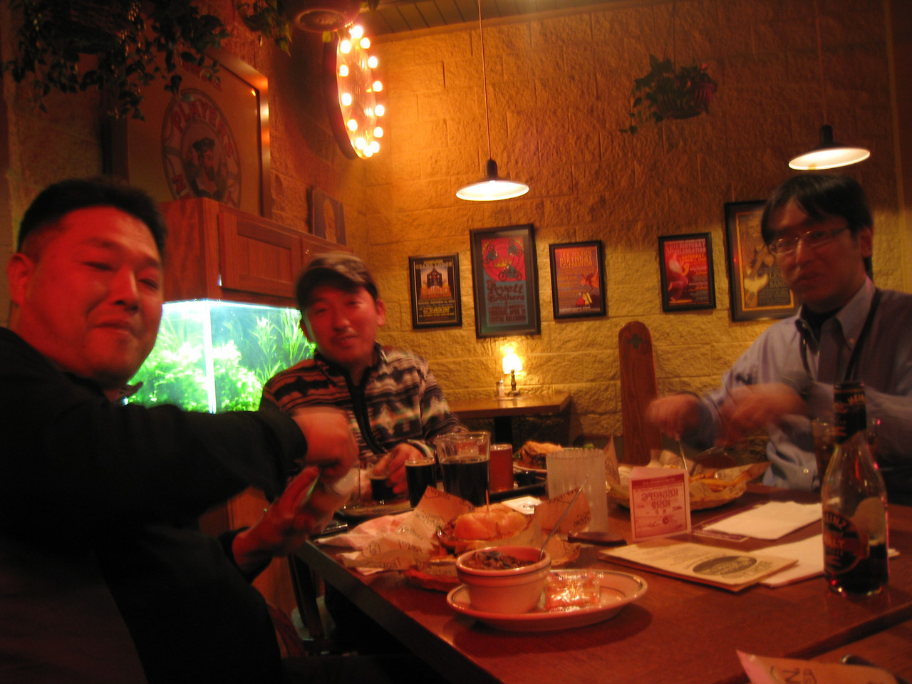 A quick dinner at the Highland Pub with Isamu, Atsuo & Sho after their hectic 4 day visit to Oregon Nurseries!