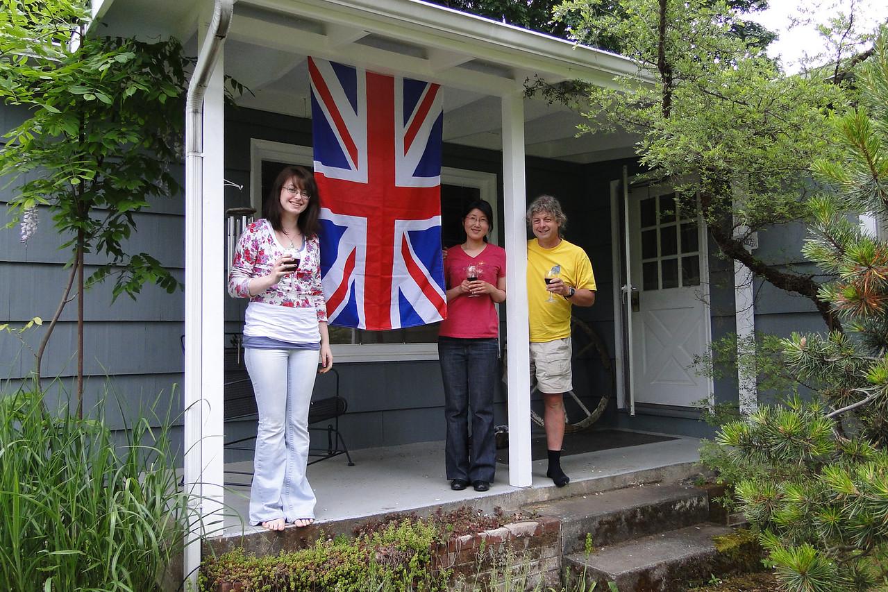 Happy Jubilee Liz....Long Live the Queen :^)..