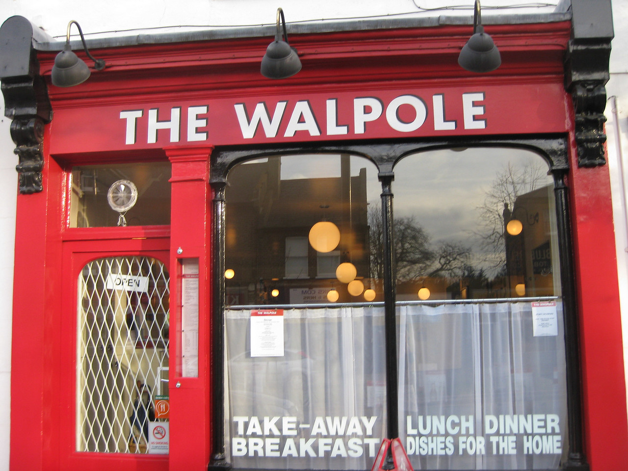 The Walpole Restaurant  Anwen sent us these pictures - it's the restaurant were she is works.