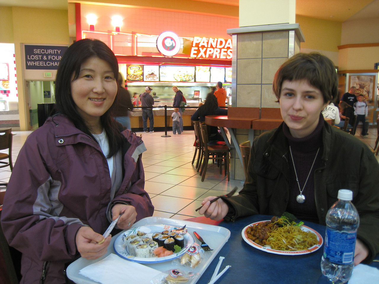Chiyoko & Anwen grabbing a quick bite to eat before the  Kings Speech!