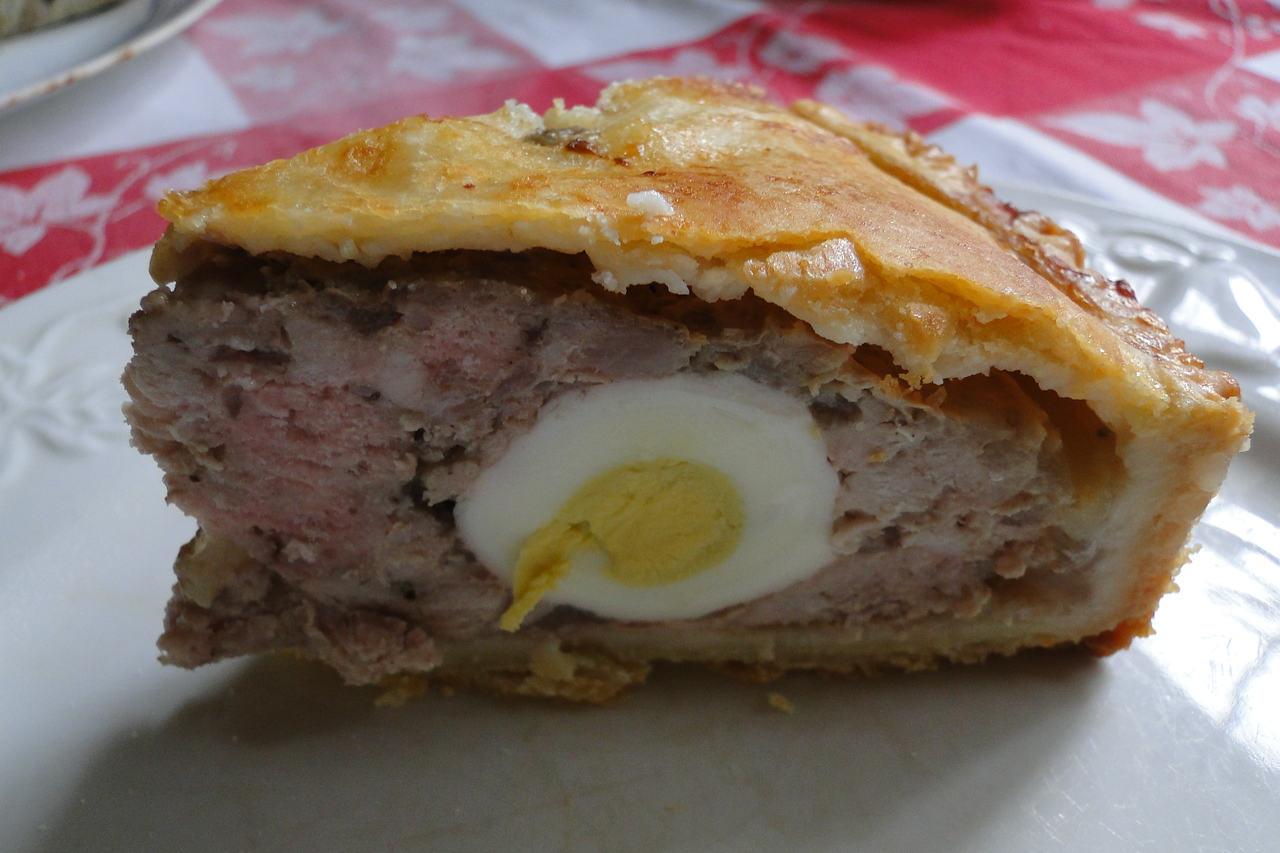 Celebrating the Queens Jubilee with Chiyoko's home made Pork & Egg Pie :^)