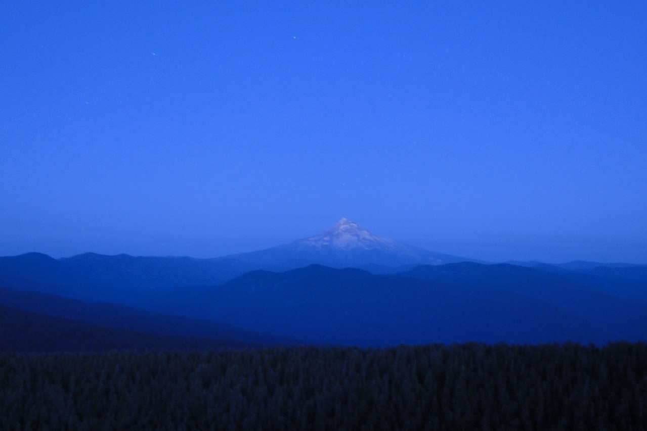 Hood from Larch Mountain, night time 30 second exposure.