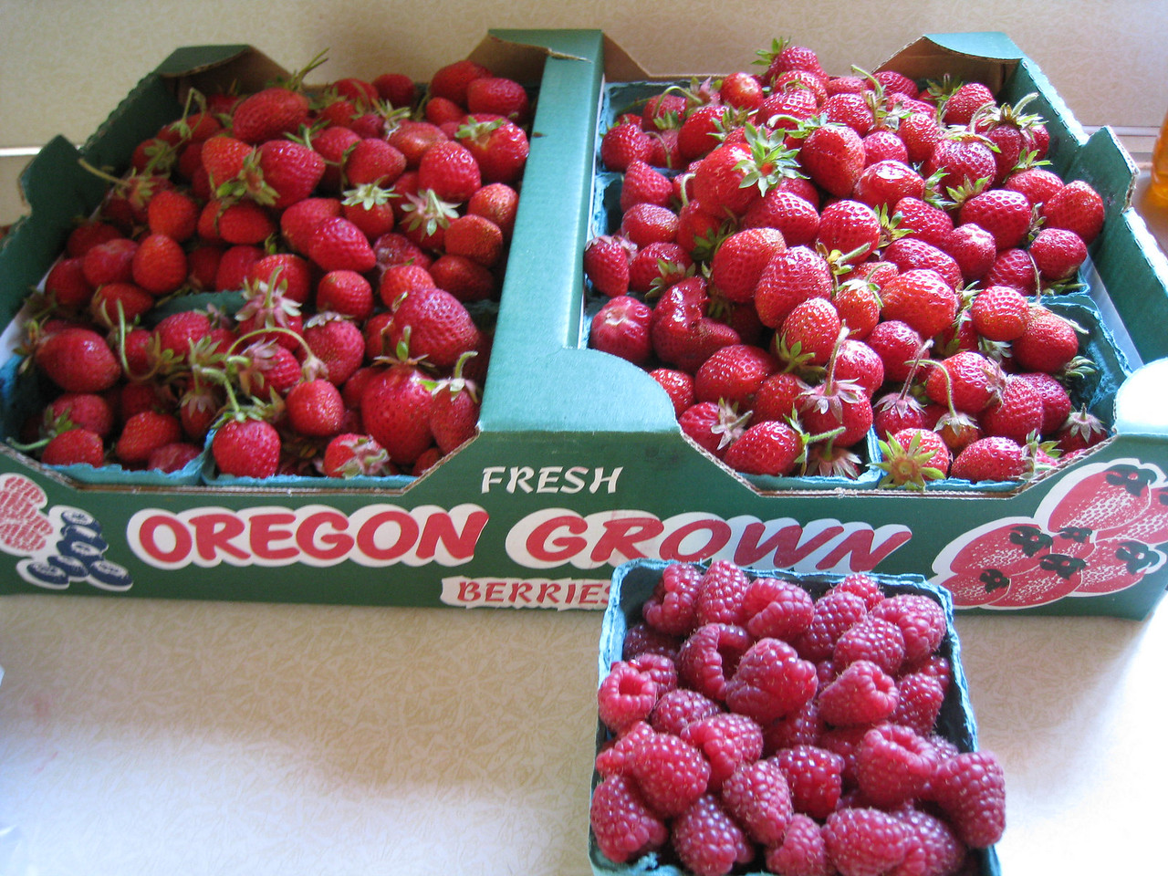 It's berry time here in Oregon :^)