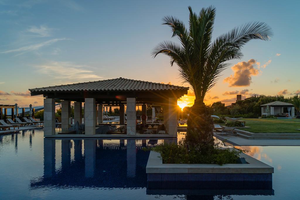 costa navarino luxury resort