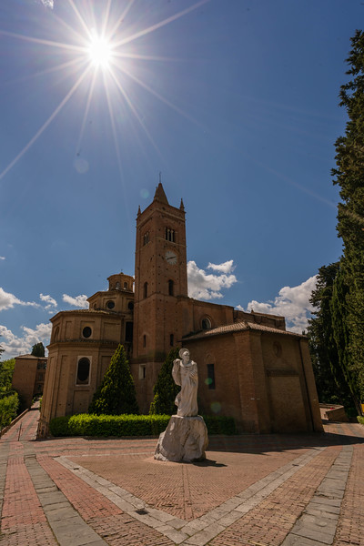 Oliveto Monastery