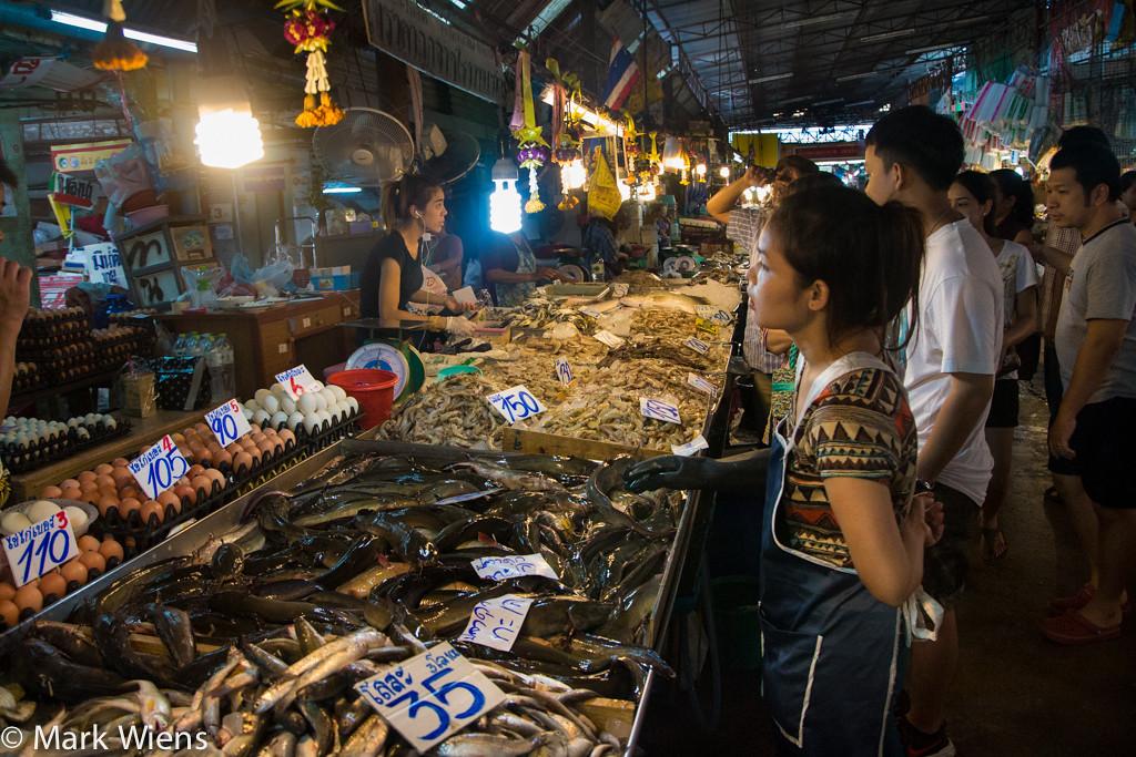 samut prakan market 39 X2 Samut Prakan   Visiting Pak Nam Seafood Market (ตลาดปากน้ำ)