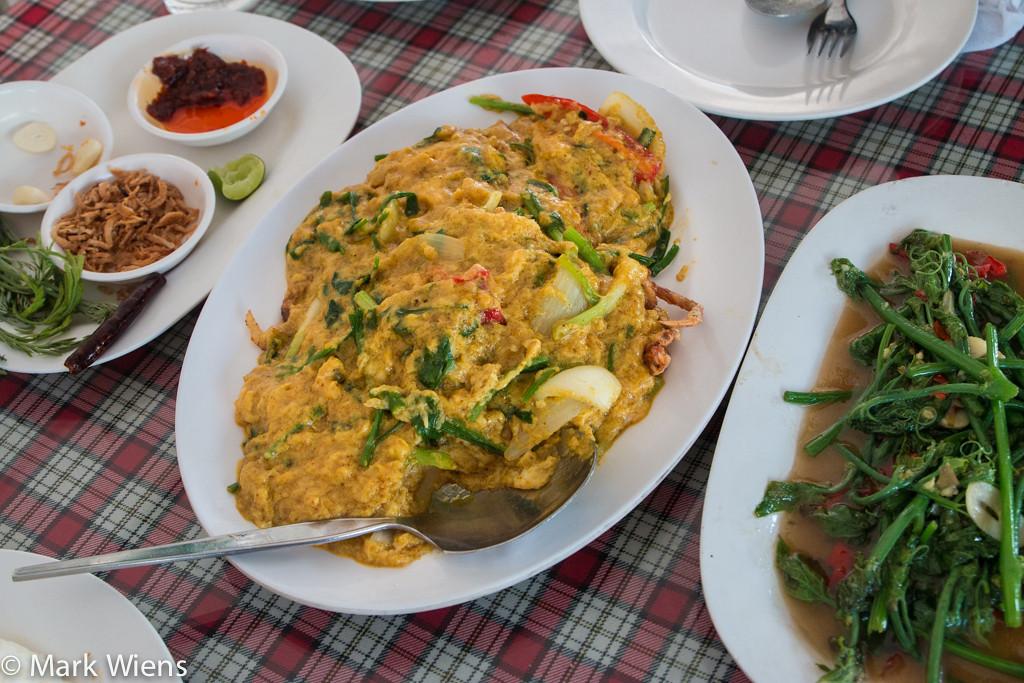 samut prakan market 76 X2 Sompong Seafood Restaurant (ร้านสมพงศ์) in Samut Prakan