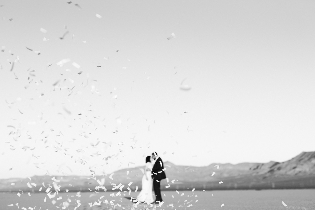 Kristen Kay Photography Sunrise Dry Lake Bed Elopement with Peachy Keen Unions-67