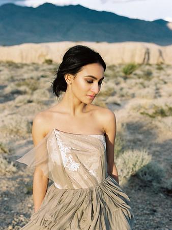 Tara LaTour Pippa Gown in the desert | Kristen Kay Photography