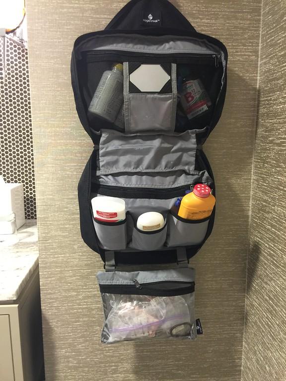 travel organizer toiletry kit