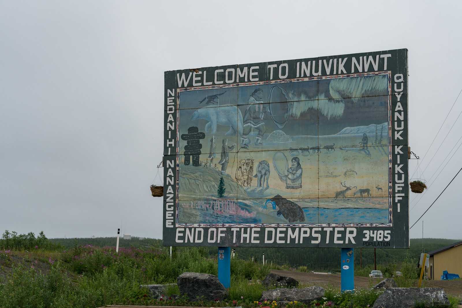end of dempster highway Inuvik