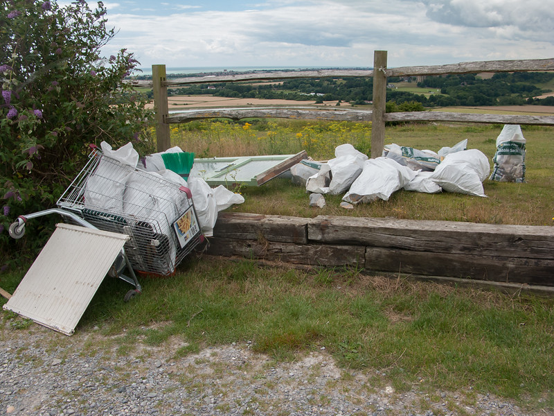 Mill Hill fly tipping 9756