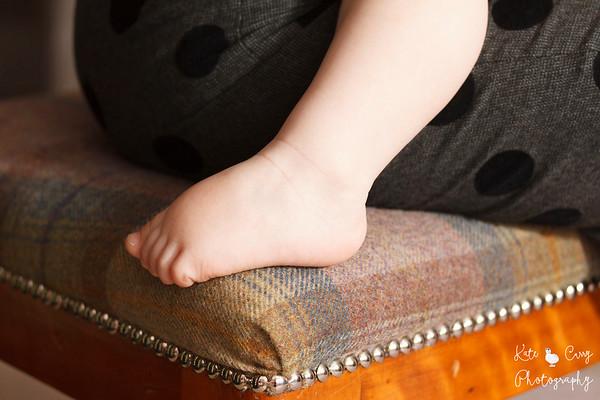Baby's foot, Glasgow