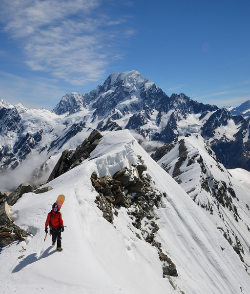 Nick on Cadogan Peak, Aoraki behind