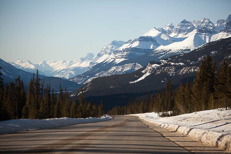 Driving the Icefields Parkway in Alberta, Canada. (Photo: Kim Olson)