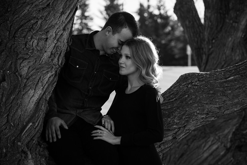 confederation park engagement session fall