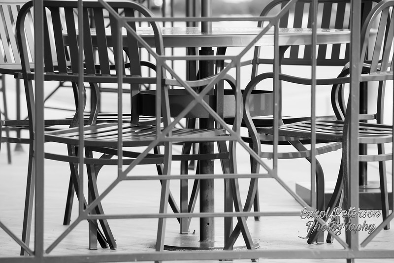 Metal table and chairs in black and white