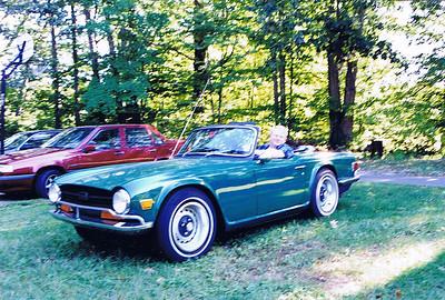 2001 - Deremer 1970 Triumph TR6 - Honeymoon 001A - Deremer Studios LLC
