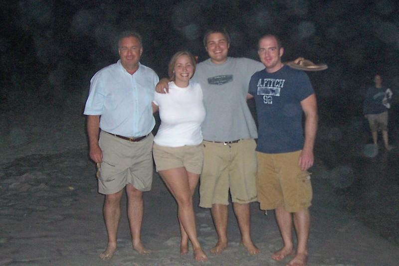 2006 family beach trip_95.jpg