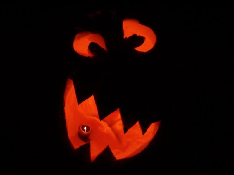 Halloween at 413 N. Main 2004 020.jpg