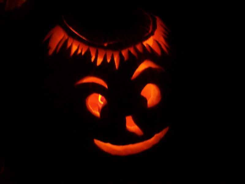Halloween at 413 N. Main 2004 019.jpg