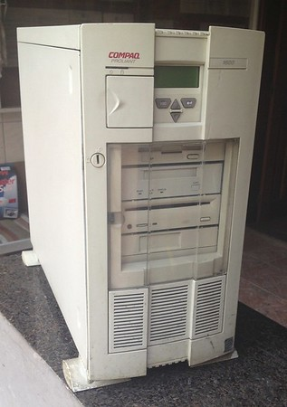 """It took me a while to find an image of one of these: A Vintage Compaq Proliant server! It has a CD-ROM drive and even a 3.5"""" floppy drive! This what a server used to look like."""