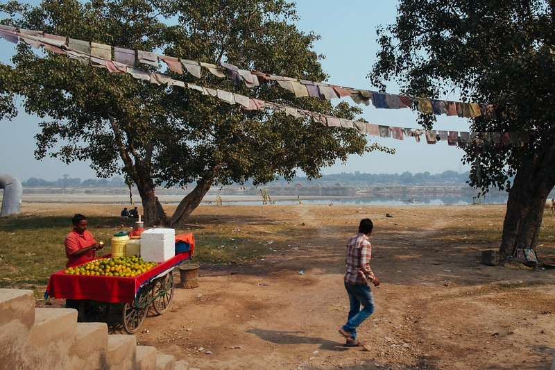 Near Monastery Market on the shores of the Yamuna River. Fuji X-Pro 1, 18mm, F/11, 1/125th, ISO 200.