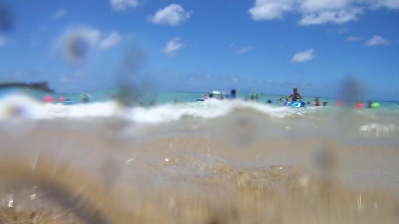 Waikiki Beach Wave Movie - Honolulu, Hawaii