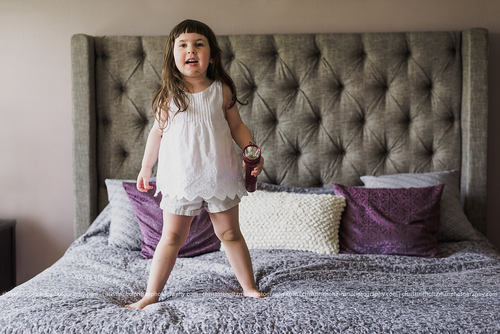Jumping on the bed, lifestyle session