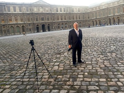 Me, at the Louvre in Paris, #BTS, shooting portraits on location.