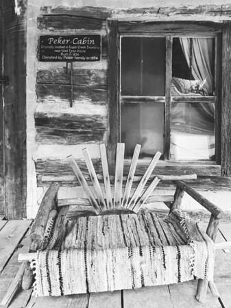 Peker Cabin