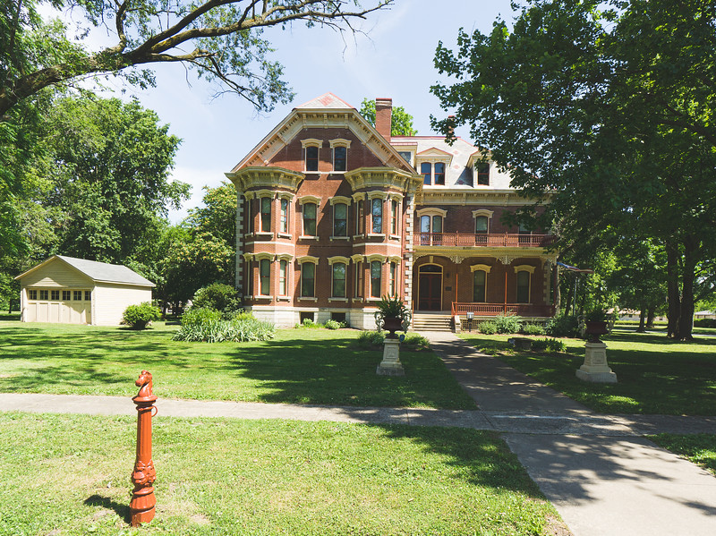 Dr. Charles M. Wright House in Altamont Illinois