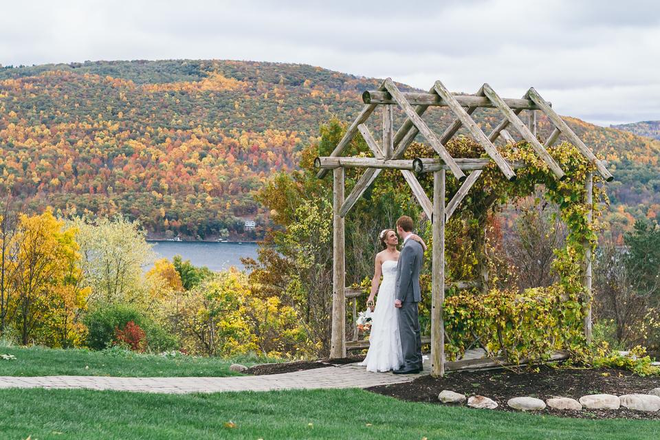 Lyndsay Ryan S Wedding At Bristol Harbour Resort In Canandaigua Ny