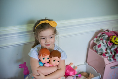 2016 June Madeline with Baby Dolls 3 Years Old -2-2