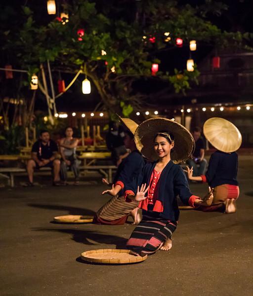 a performance by ladies from the hill tribes of northern Thailand