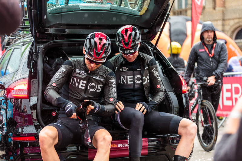 Chris Froome getting waterproofed