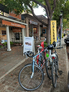 Red Berry Coffee Bar seems to be a popular stop for cyclists, but there isn't much bike parking.