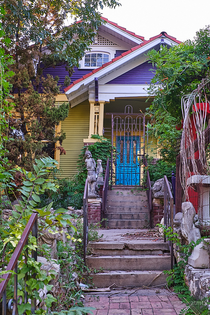 Spider House No More - Austin, Texas