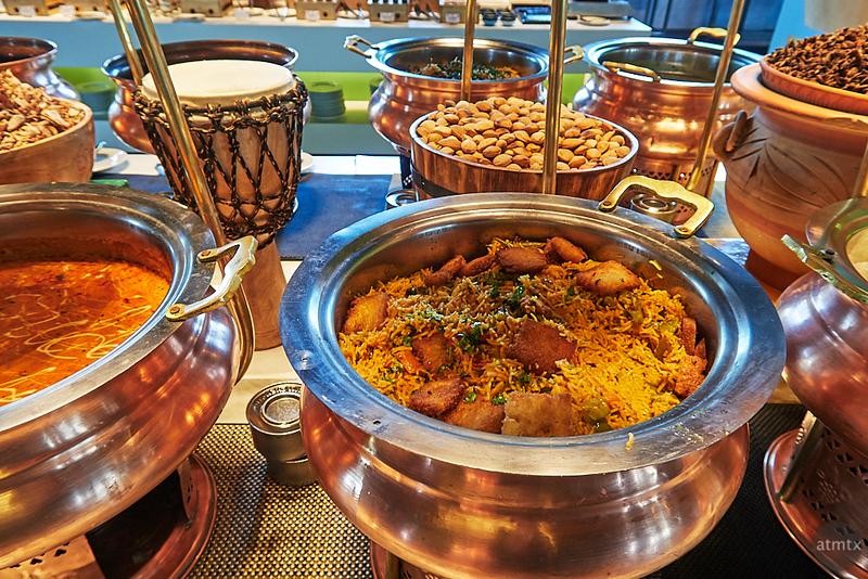 Sunday Buffet, Aloft Hotel - Bangalore, India