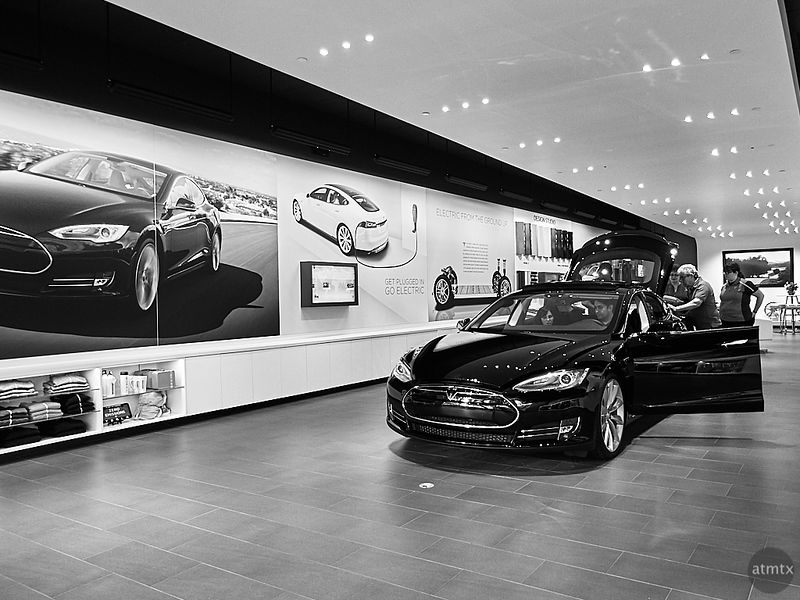 Tesla Dealer - Austin, Texas