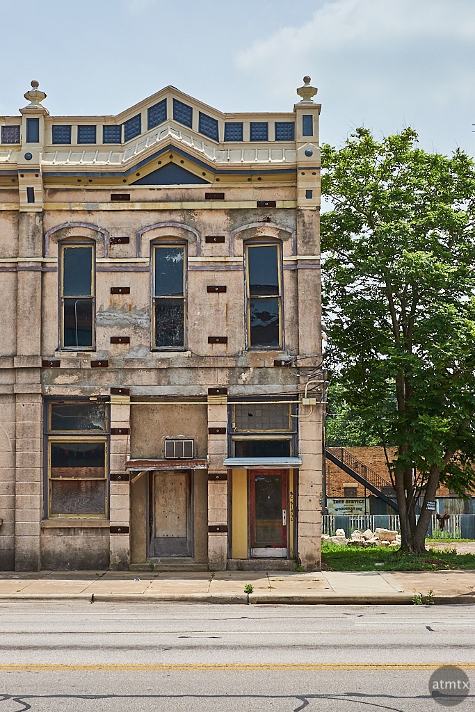 A Building with Potential - Taylor, Texas